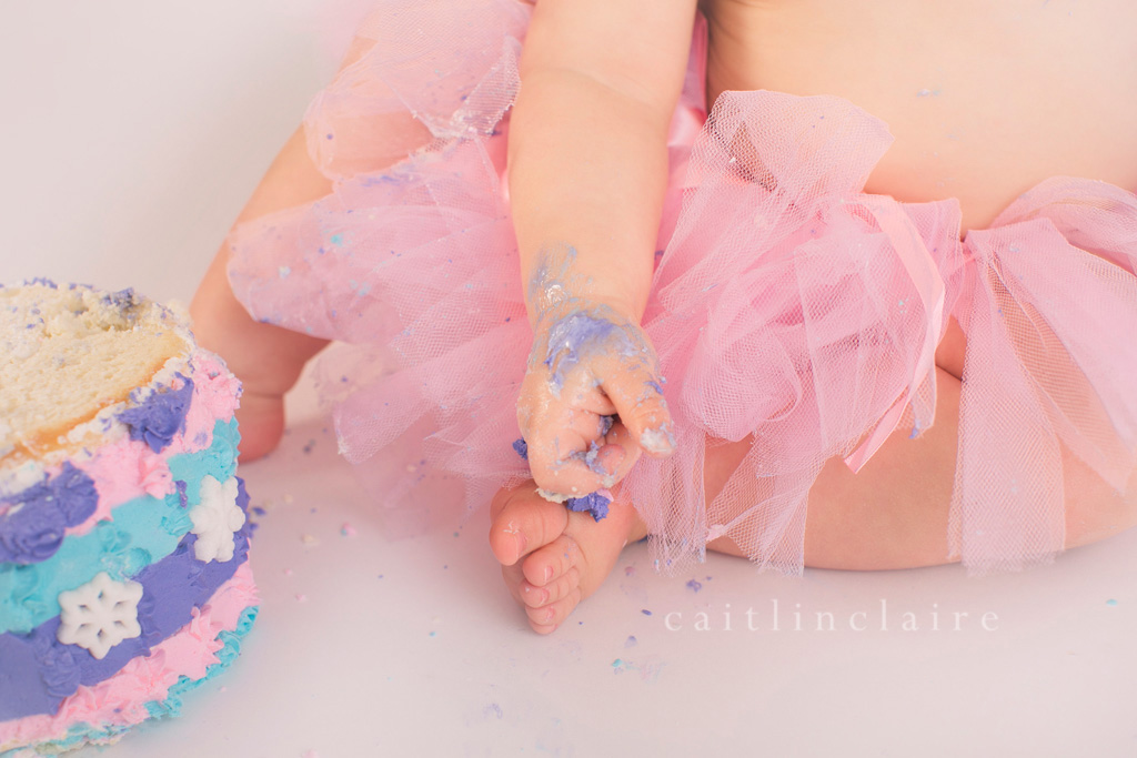 Caitlin_Claire_Studio_Photography_One_Year_Cake_Smash_22